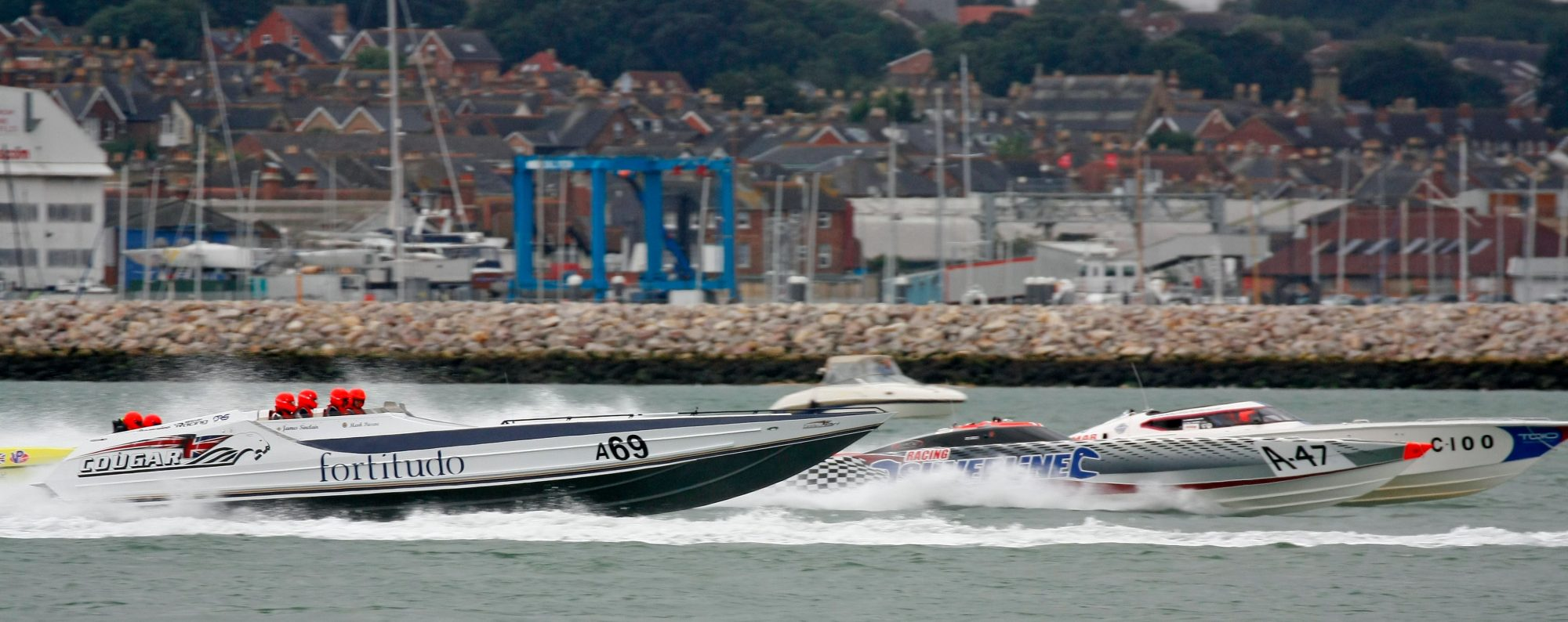 Cowes Torquay Cowes & Cowes Poole Cowes Offshore Powerboat Races